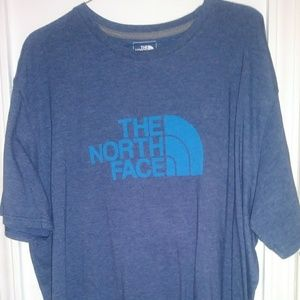 Nwot...Mens The North Face Classic Fit Shirt